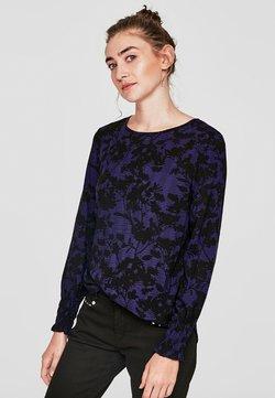 Q/S designed by - MIT RÜSCHEN-MANSCHETTE - Bluse - royal lilac aop