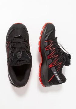 Salomon - XA PRO 3D CSWP - Hikingschuh - black/high risk red