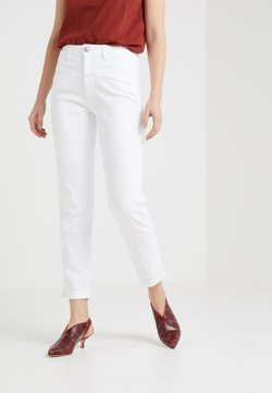 CLOSED - PEDAL PUSHER - Jeans baggy - white