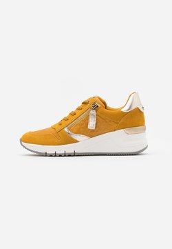 Tamaris - Sneakers - mustard