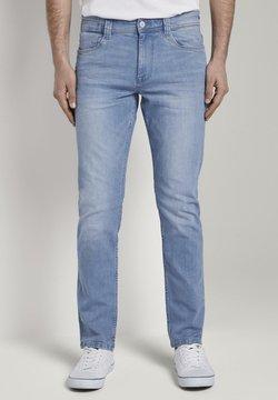 TOM TAILOR - TOM TAILOR JEANSHOSEN JOSH REGULAR SLIM JEANS MIT VERSETZTER MÜN - Jeans Slim Fit - bright blue denim