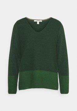 Esprit - CORE VNECK - Strickpullover - dark green