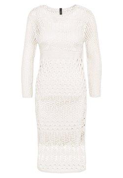 YAS - YASHARPER MIDI DRESS - Strickkleid - antique white