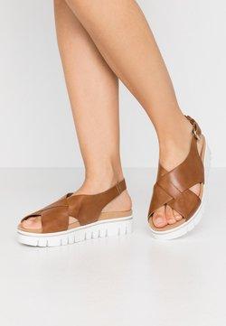 Gabor Comfort - Korkeakorkoiset sandaalit - camel