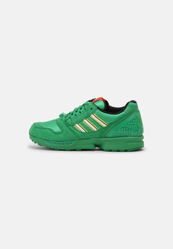 adidas Originals - ZX 8000 LEGO UNISEX - Sneakers basse - green/white