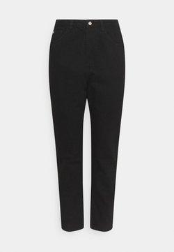 Missguided Plus - WRATH HIGHWAIST SPLIT  - Jeans Tapered Fit - black