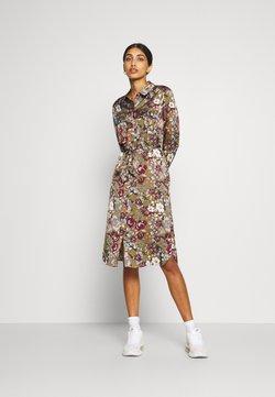 Vero Moda - VMEMELY BELT DRESS - Vestito estivo - green moss/emely