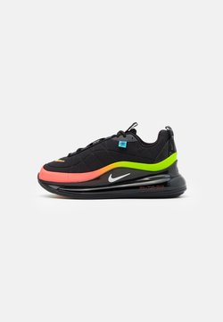 Nike Sportswear - MX-720-818 BG - Matalavartiset tennarit - black/white/green strike/flash crimson