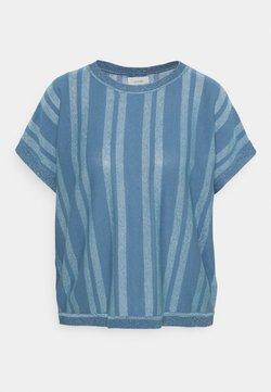 Nümph - NUDAGAN DARLENE - T-Shirt print - blue shadow
