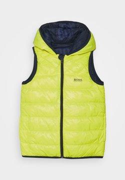 BOSS Kidswear - REVERSIBLE PUFFER - Weste - green lemon
