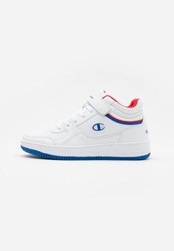 Champion - MID CUT SHOE REBOUND VINTAGE - Basketball shoes - white/royal blue/red
