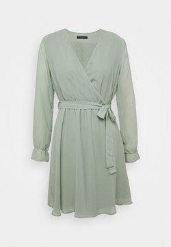 Trendyol - Robe d'été - mint