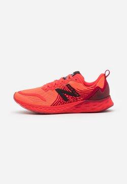 New Balance - LONDON MARATHON - Zapatillas de running neutras - red