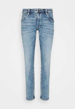 s.Oliver - Jeans Slim Fit - light blue