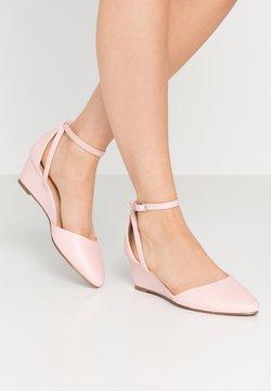 Wallis - BERNICE - Sleehakken - pale pink