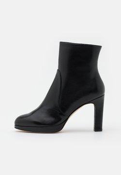 Stuart Weitzman - ALANI - High Heel Stiefelette - black