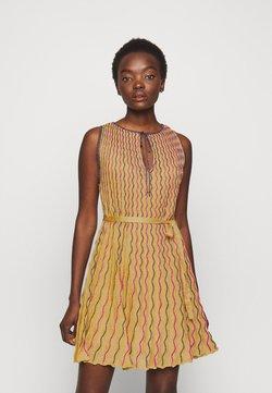 M Missoni - ABITO SENZA MANICHE - Vestido de cóctel - gold