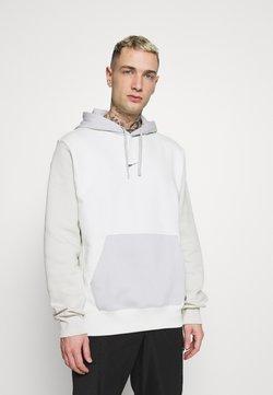 Nike Sportswear - HOODIE  - Sweatshirt - spruce aura/light bone