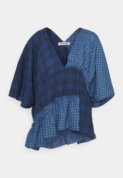 Henrik Vibskov - JAM BLOUSE - T-Shirt print - blue