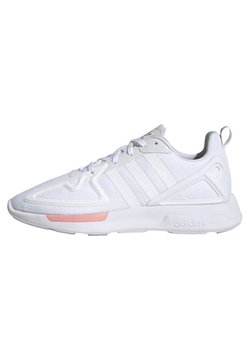 adidas Originals - ZX 2K FLUX SPORTS INSPIRED  - Sneaker low - white