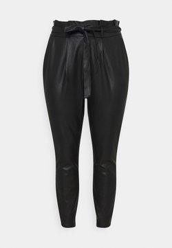 Vero Moda Curve - VMEVA MR LOOSE PAPERBAG COATED - Pantalon classique - black