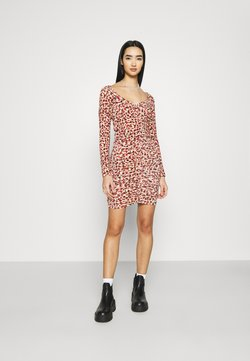 Monki - TUA DRESS - Freizeitkleid - duttyrose