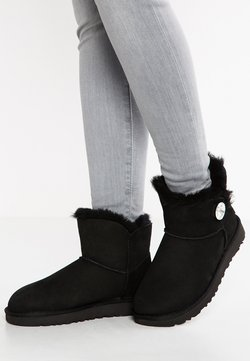 UGG - MINI BAILEY BUTTON BLING - Nilkkurit - black
