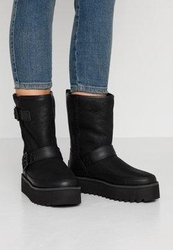 UGG - CLASSIC REBEL BIKER SHORT - Platform boots - black
