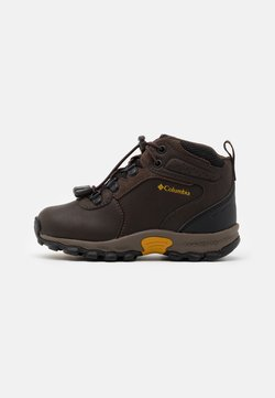 Columbia - CHILDRENS NEWTON RIDGE UNISEX - Obuwie hikingowe - cordovan/golden yellow