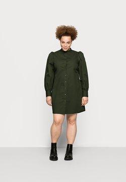 Pieces Curve - PCFONNIEN - Vestido camisero - duffel bag