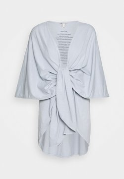 Esprit - PONCHO - Cape - light blue lavender
