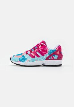adidas Originals - ZX FLUX  - Sneaker low - bolt pink/footwear white