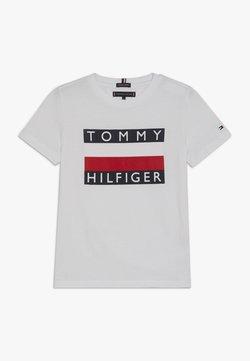 Tommy Hilfiger - ESSENTIAL TEE - Print T-shirt - white