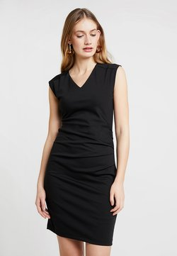 Kaffe - INDIA V-NECK DRESS - Sukienka etui - black deep