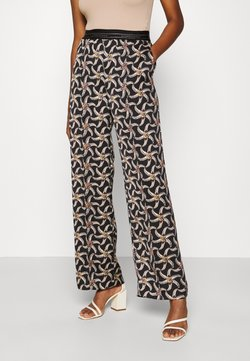 Scotch & Soda - PRINTED WIDE LEG PANT WITH SPECIAL ELASTIC WAISTBAND - Stoffhose - black