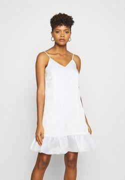 NA-KD - BOTTOM DRESS - Sukienka koktajlowa - white
