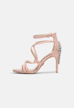 Buffalo - CLAUDIA - Sandaalit nilkkaremmillä - blushed pink