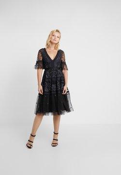 Needle & Thread - MIDSUMMER LACE DRESS - Vestito elegante - ballet black