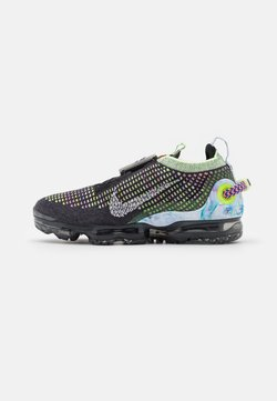 Nike Sportswear - AIR MAX VAPORMAX FK - Sneaker low - black/white/barely volt/atomic pink/royal pulse/crimson tint