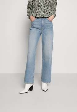 Marc O'Polo - TROUSERS HIGH WAIST STRAIGHT WIDE LEG REGULAR LENGTH - Jeans baggy - light blue wash