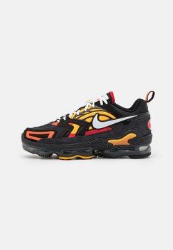 Nike Sportswear - AIR VAPORMAX EVO SE - Sneaker low - black/white/orange/university gold/university red/sail