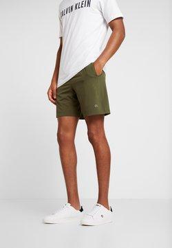 Calvin Klein Performance - SHORT - Pantalón corto de deporte - green