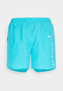Nike Performance - Pantalón corto de deporte - chlorine blue/black/reflective silver