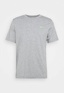 Nike Performance - TEE YOGA - T-Shirt print - dark grey heather