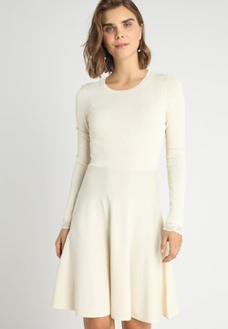 YAS - YASBECCO DRESS - Gebreide jurk - cloud dancer