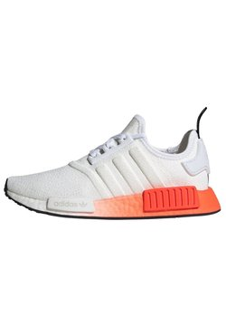 adidas Originals - 2020-03-24 NMD_R1 SHOES - Sneaker low - white