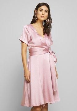 Love Copenhagen - LORETTAL DRESS SHORT - Cocktailkjole - pink nectar