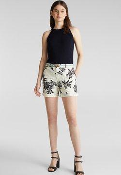 Esprit - CHINO-SHORTS MIT LYCRA XTRA LIFE™ - Shorts - white