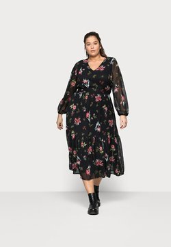Vero Moda Curve - VMPETRA ANCLE DRESS CURV - Maxikleid - black/petra