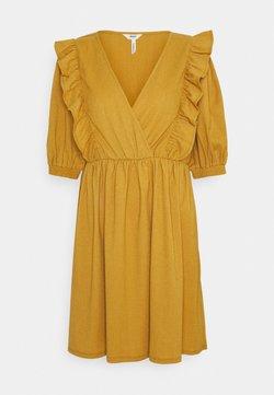 Object - OBJCAROLYN DRESS - Jerseyklänning - honey mustard